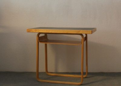 Alvar Aalto Side table 76