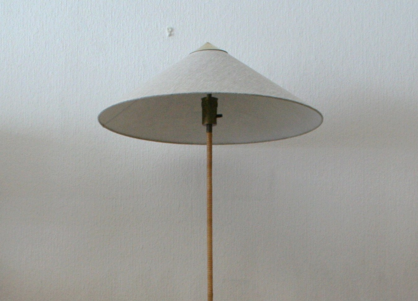 Paavo Tynell floor lamp 9602 old – Kopio