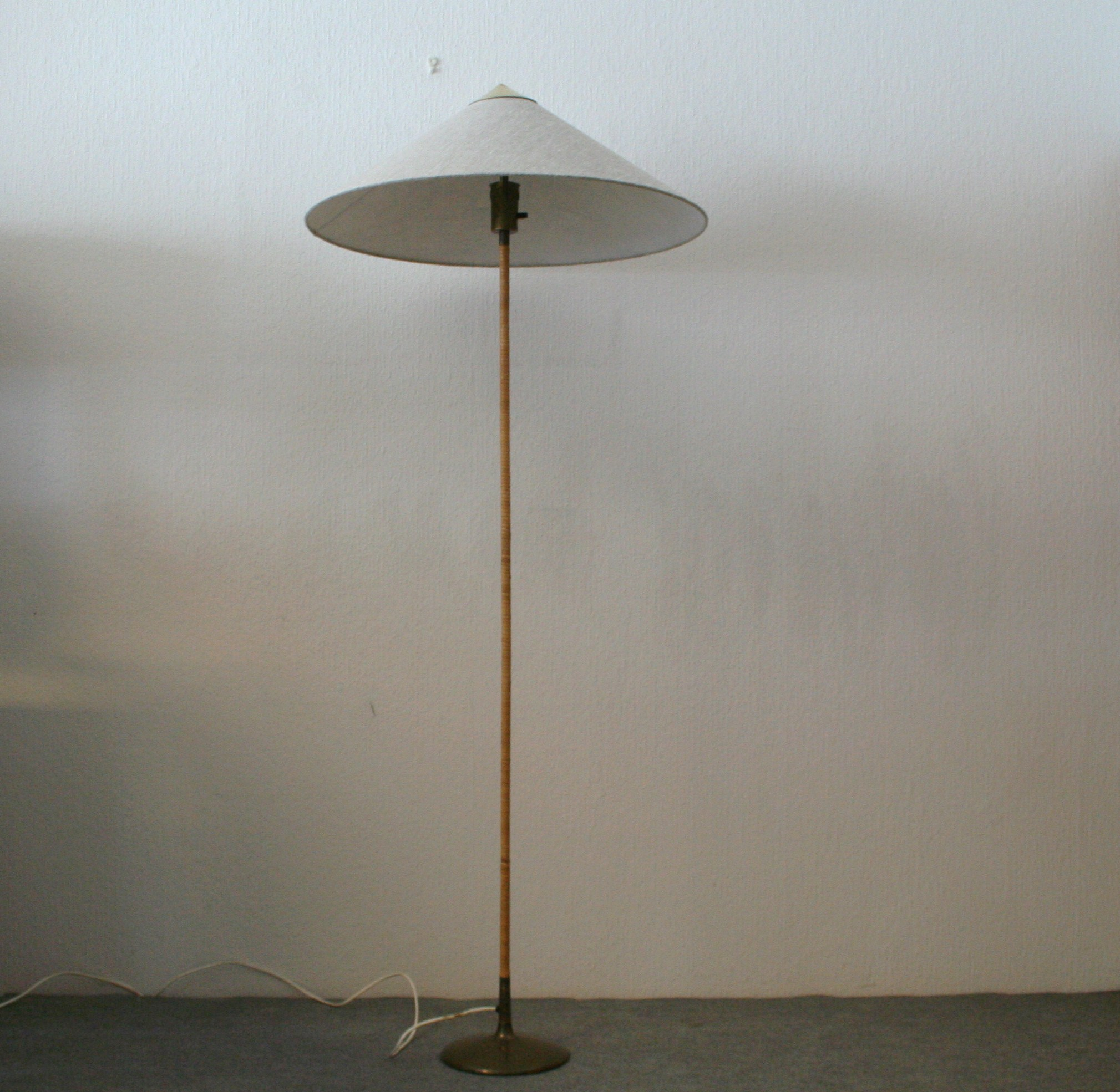 Paavo Tynell floor lamp 9602 old